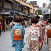A share of foreigner overnights in Kyoto reach 40% of the total in July 2015