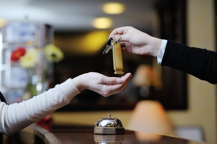 Hotels and ryokans in Japan with an increase in revenue reduce