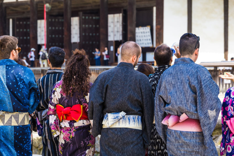 International visitors spent 4.8 trillion JPY in Japan in 2019, 6.5% more money than 2018