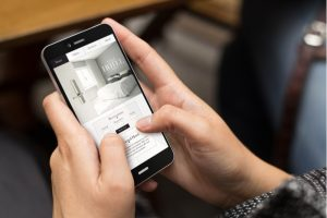 mobile-hotel_booking