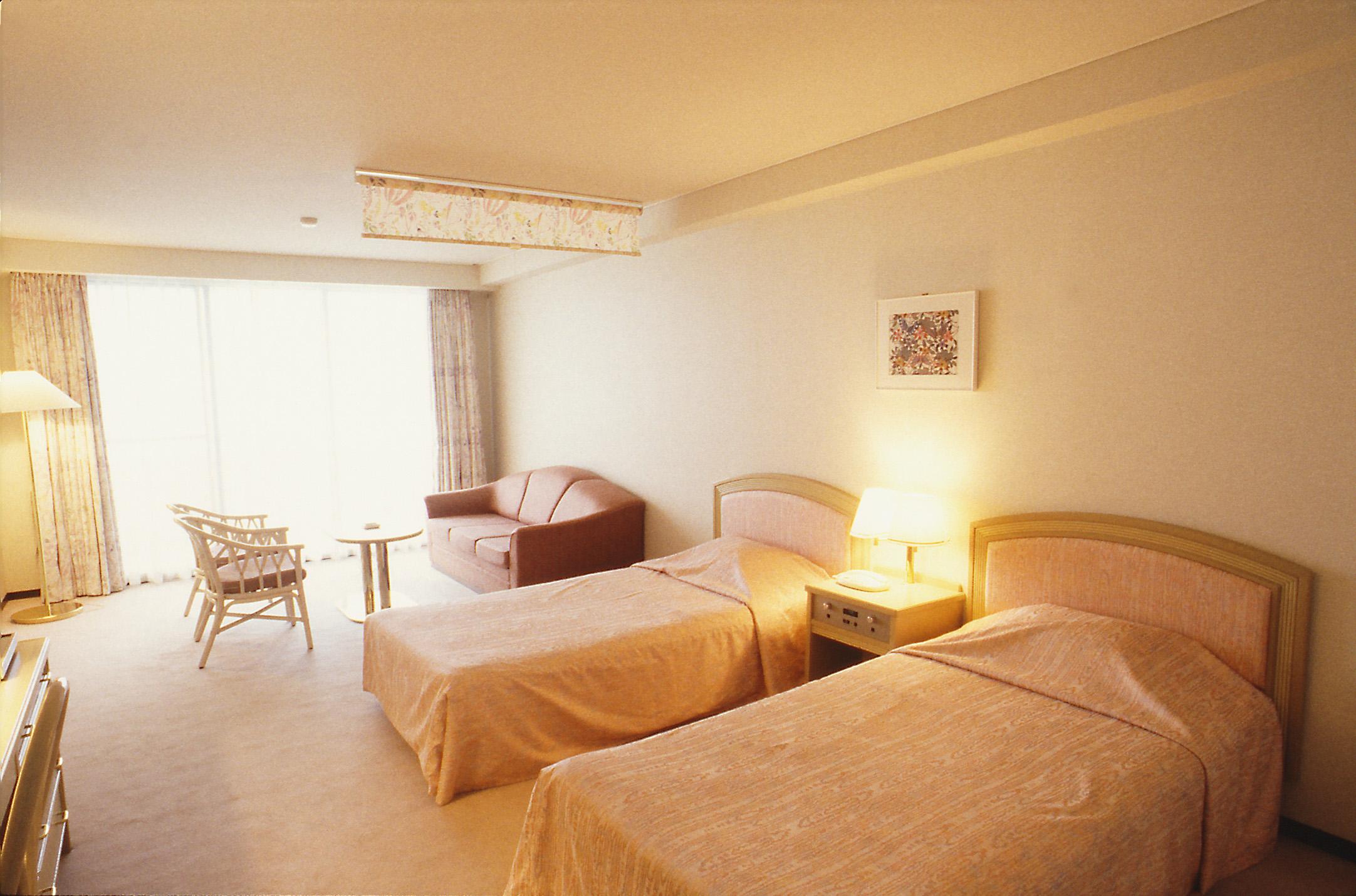 ホテル選択に重視されるのは無料Wi-Fi、食事など-Hotels.com調査