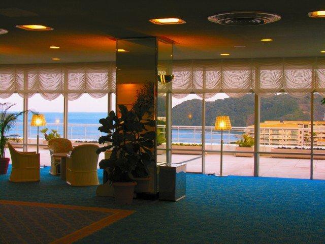 ホテルの選択、「ネット接続有料のホテルには泊まりたくない」が45%-IHG調査