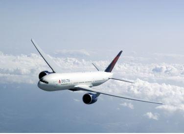 デルタ航空、燃油サーチャージを値下げ(8月1日発券以降)
