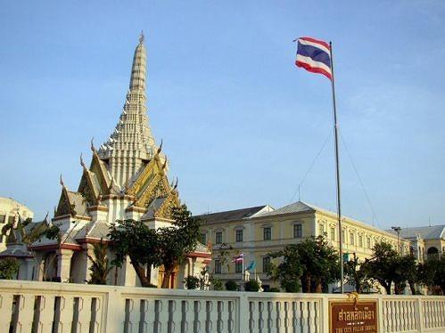 外務省、タイ・バンコク中心部の爆発事件で注意喚起