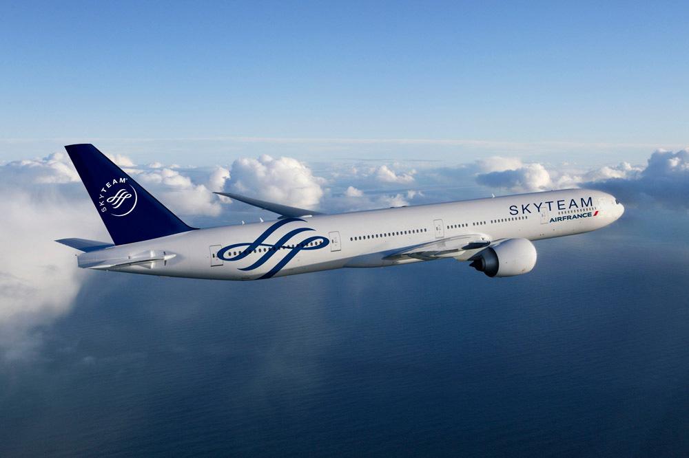 エールフランス/KLM、予約購入期間限定のヨーロッパ向け早割運賃を発売 -受託手荷物2個無料もアピール