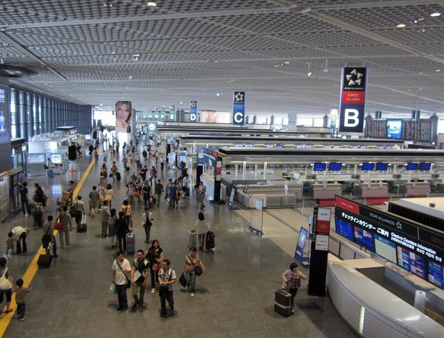 成田空港の夏休み2014年旅客数予測、出国旅客5.7%減の172万8400人に、人気はハワイと台湾