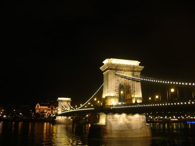 ハンガリー、10月13日にブタペストでマラソン大会、交通規制も