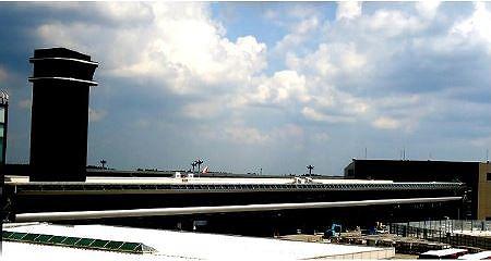 成田空港、第2ターミナルの連絡通路を供用開始、シャトルは運行終了