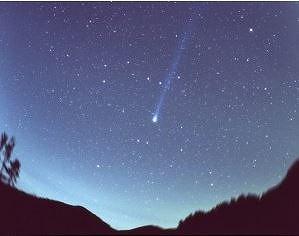 ANAとJALが「今世紀最も明るい彗星」を見るツアー、チャーターで観賞