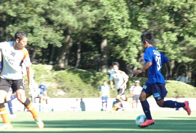 ガルーダ・インドネシア、スポーツ交流の一環でサッカー代表選手に協力