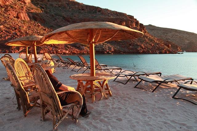 世界遺産の無人島で過ごすリゾート体験 ーメキシコ・コステル海の旅(後編)