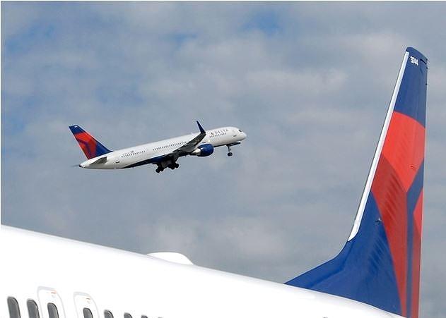 デルタ航空、米国内線の単通路機材の内装をアップグレード