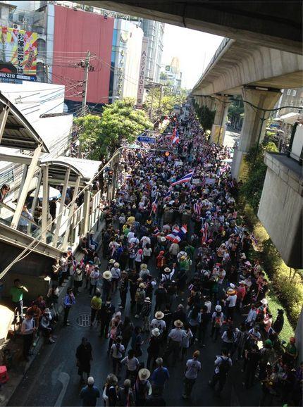 タイ、バンコクと周辺に非常事態宣言を発動