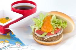 JAL、2014年の新しい機内食を発表、各路線で特色あるメニューを提供