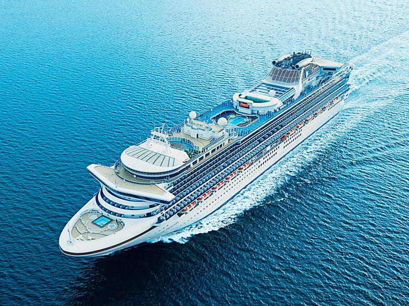 クルーズの人気上昇は、日本発着の外国客船の登場が契機
