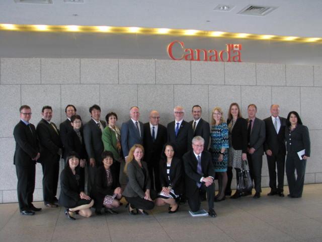 日本・カナダ間の座席供給量は22%増へ、カナダから観光機関のトップ13名が来日
