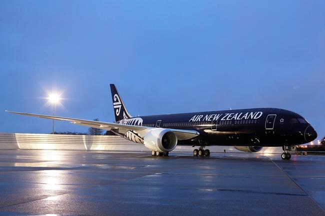 ニュージーランド航空、787-9型初号機を初披露、11月には成田線にも