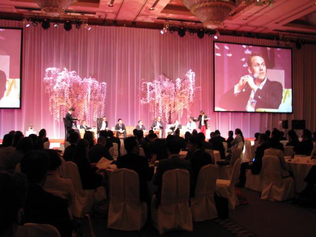 オンライン旅行業界の国際会議「WIT Japan2014」開催、安倍首相の応援コメントも