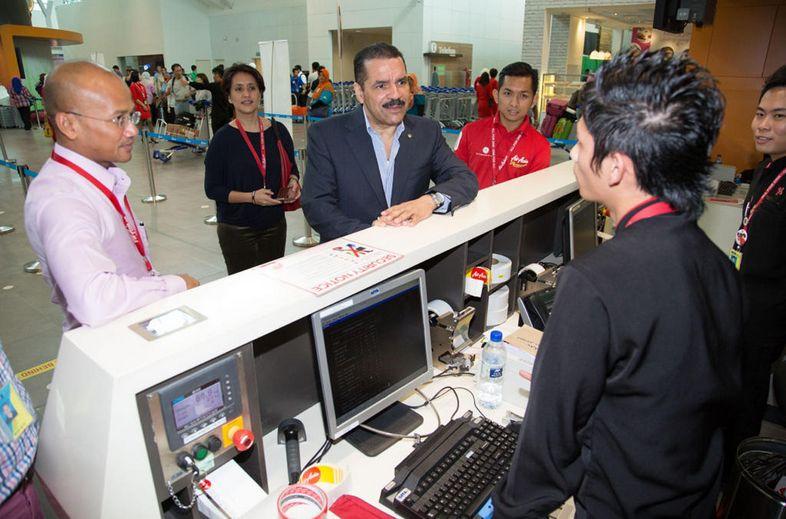 エアアジア、インターポールのパスポート盗難データの照合実験、国際線で