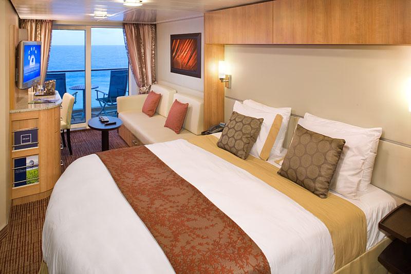 バルコニー付き客室としては標準的だが、どのデッキのどの場所にあるかによって微妙に代金が異なる。これはサンセット海側客室