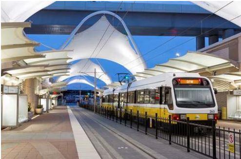 米・ダラス・フォートワース空港にターミナル隣接駅オープン、市内へ56分でアクセス