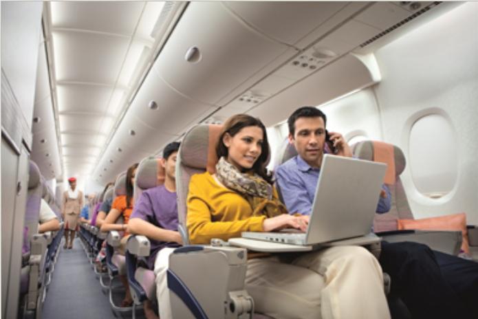 エミレーツ航空、機内Wi-Fi接続を将来的に完全無料化、利用者は3年間で50万人超の予測