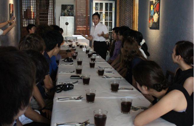 昼食歓迎会で挨拶するペナン州観光局のウィン氏は知日家でもある