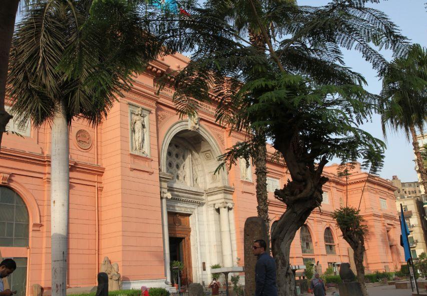 エジプト考古学博物館付近は暴動が起きた場所だが、博物館自体は無傷