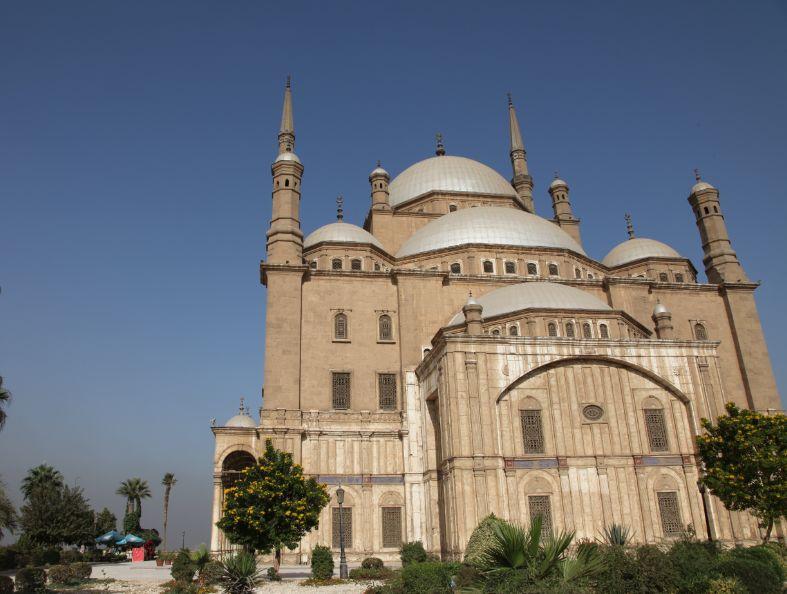 外観も美しいモハメド・アリ・モスク