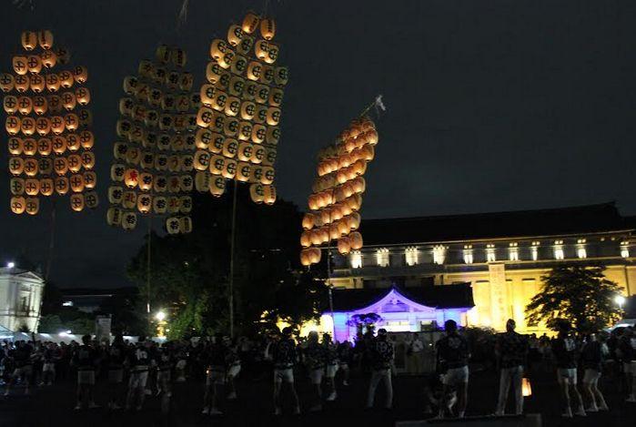 東京国立博物館・通称トーハクをユニークベニューに前夜祭が行われたツーリズムEXPO2014 秋田竿灯が夜空を彩った