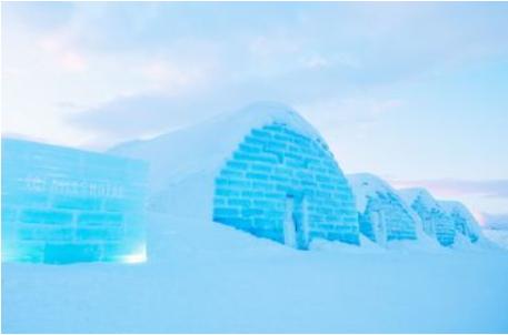 雪と氷の「アイスホテル」登場、最大12時間のホテル滞在体験ツアーも