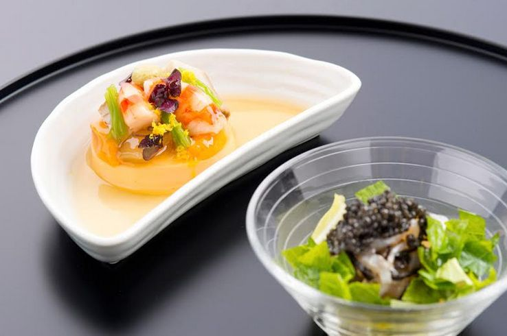 JALの日本発シカゴ、ニューヨーク、ロサンゼルス等一部路線のファーストクラス冬メニュー(龍吟の山本シェフによる和食)