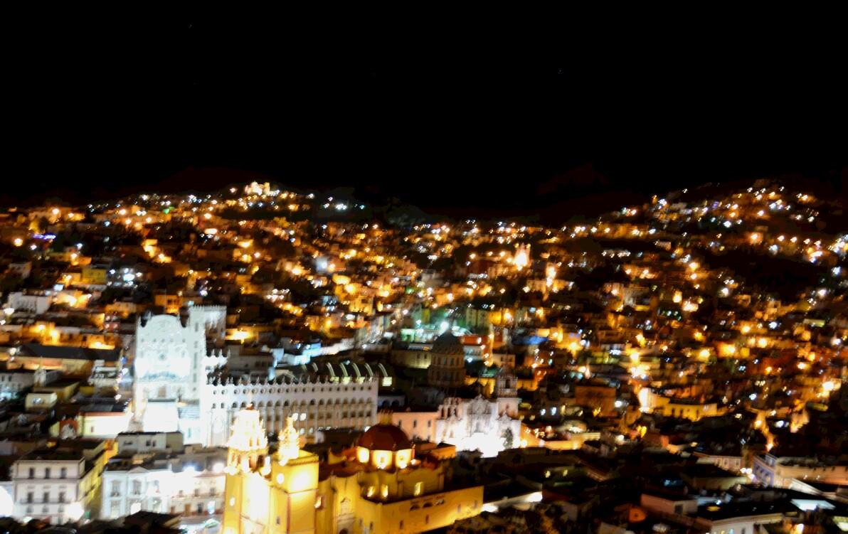 グアナファトで必見の星空のような夜景