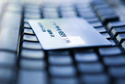海外旅行の予約前に利用する情報は旅行会社サイト、自宅パソコンの利用が96% ーGfK調べ