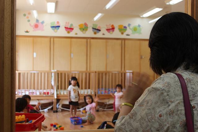沖縄・豊崎の「ふじのき保育園」。保育園を併設する旅行会社は業界唯一だ。