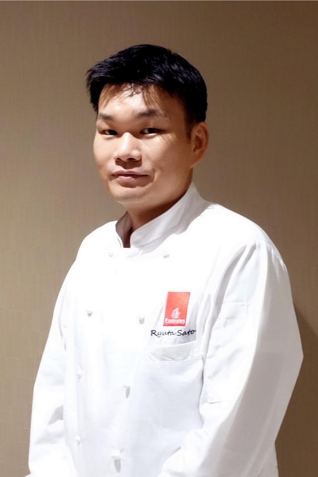 エミレーツ航空会社ホットキッチン副総料理長の佐藤竜太氏