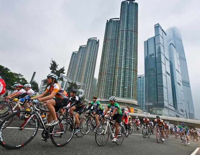 香港を走る自転車レース開催へ、市街地を走るプロから一般まで8部門 -香港政府観光局