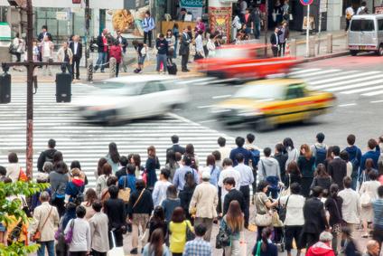 AIやICT活用の観光渋滞対策へ、実装地域に鎌倉と京都を選定、交通需要の制御で課金など -国土交通省