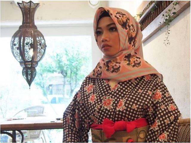 東京・原宿に訪日旅行者向けの着物レンタル店がオープン、和装にマッチするムスリムのヒシャブも用意