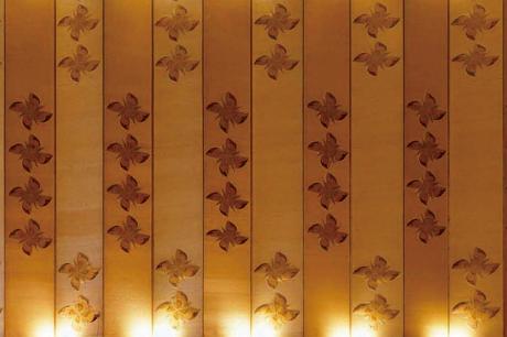 「四弁花紋様の装飾」オークラ ホテルズ & リゾーツ 報道資料より