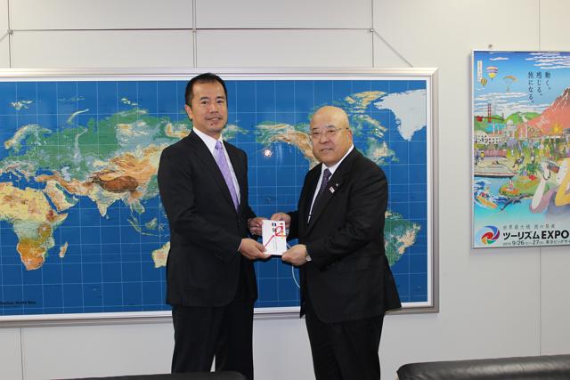 ビジットUSA 、東北復興チャリティオークションの収益金を日本旅行業協会に