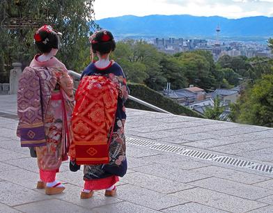 京都に宿泊する外国人は38.4%、部屋数構成比でアメリカが中国を抜いてトップに ―2015年10月