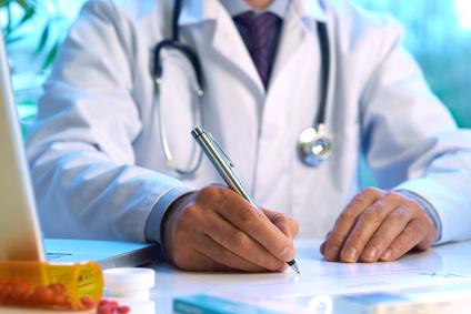 多言語で医療通訳の新サービス、電話・メールで相談、遠隔救急医療に対応