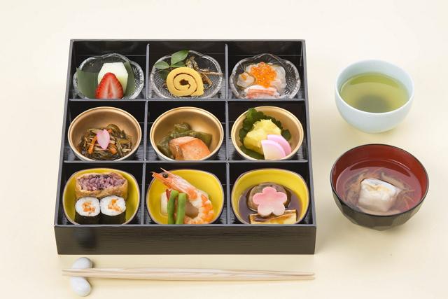 JALのお正月メニュー(朝食・昼食)