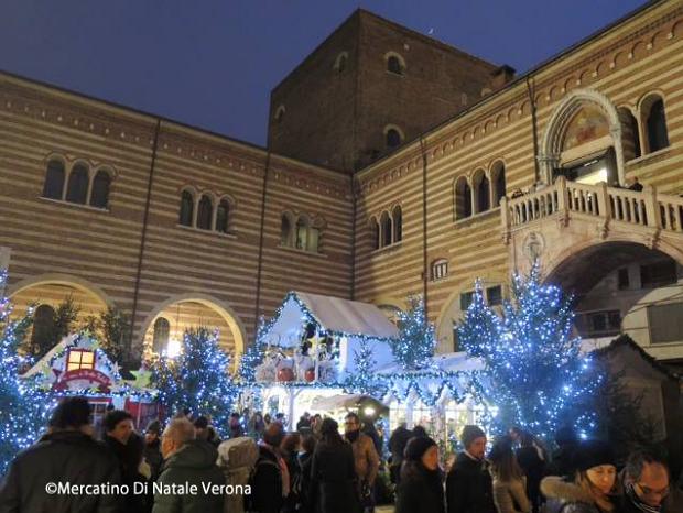 イタリアのクリスマス2015、マーケットやオペラなどイベント情報