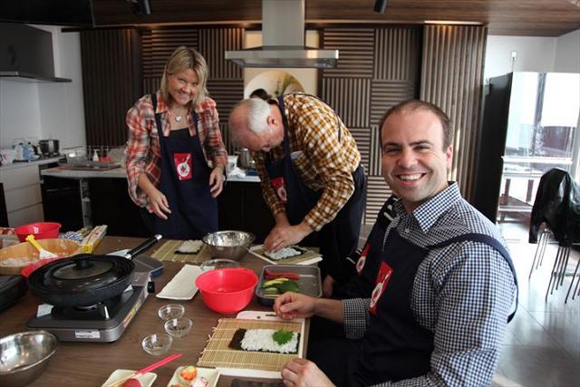 【動画】東京・築地に外国人向け料理スタジオ新設、築地市場ツアーとの連動プランや団体MICEで活用も