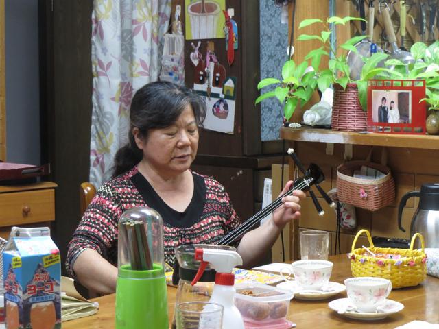 本土からの修学旅行生を多数受け入れる沖縄・糸満の民泊家庭では、旅館業法に則り簡易宿所の登録もなされている。日本の民泊はどこへ向かうのか