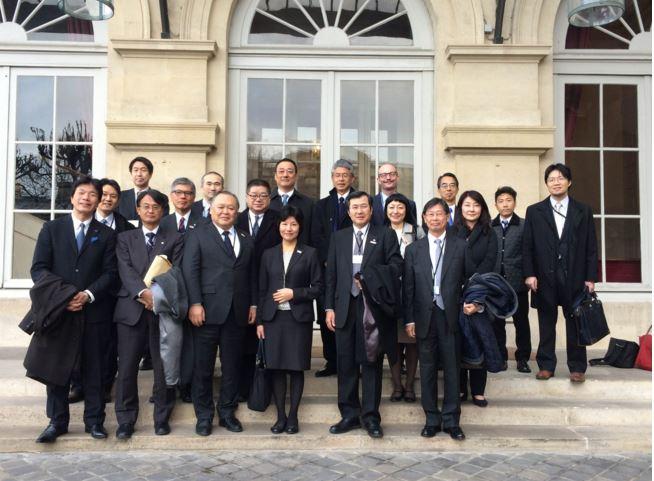 フランス旅行の需要回復へ、観光庁と現地観光関係者が会談、正確な情報発信の認識で一致