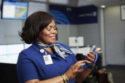 ユナイテッド航空、米ハブ空港で地上スタッフのモバイル化、独自ツールでサービス向上へ