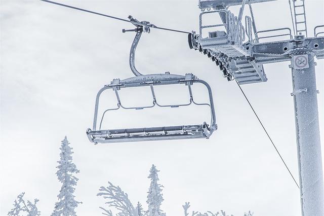 長野県のスキー場利用者、年末年始は雪不足などで16.7%減の77.8万人に